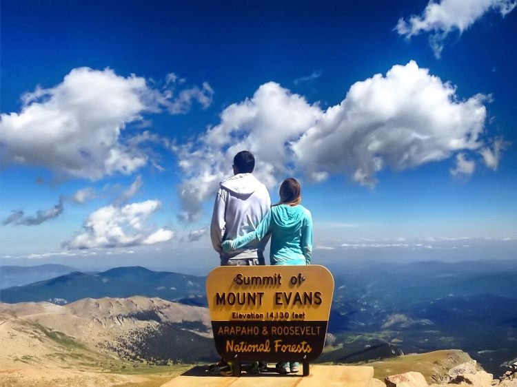 Mount Evans - Summer Fun in Colorado - www.afternoonstroll.com