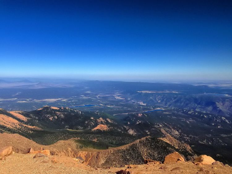 Pikes Peak Views - Summer Fun in Colorado - www.afternoonstroll.com