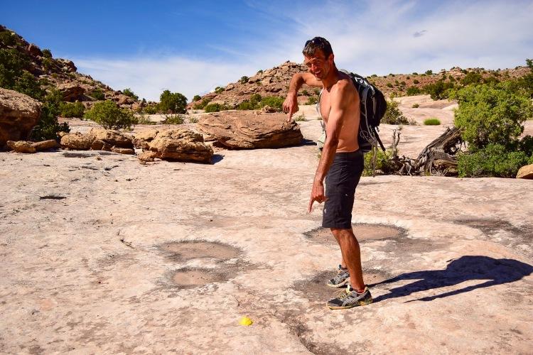 Hunting Dinosaur Tracks Visiting Moab | afternoonstroll.com